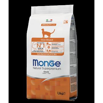 Сухой корм Monge Cat Sterilized Duck корм для стерилизованных кошек с уткой
